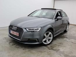 Audi A3 Sportback 1.4 TFSi e-tron HYBRID S tronic Sport LED Leather Sportseats Navi Camera Pan. Sunroof Aut. (total options: 8 618,78euro) (facelift) XXXXXXX