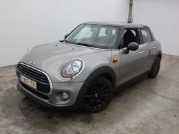 Mini 5 door Cooper D (85 kW) 5d